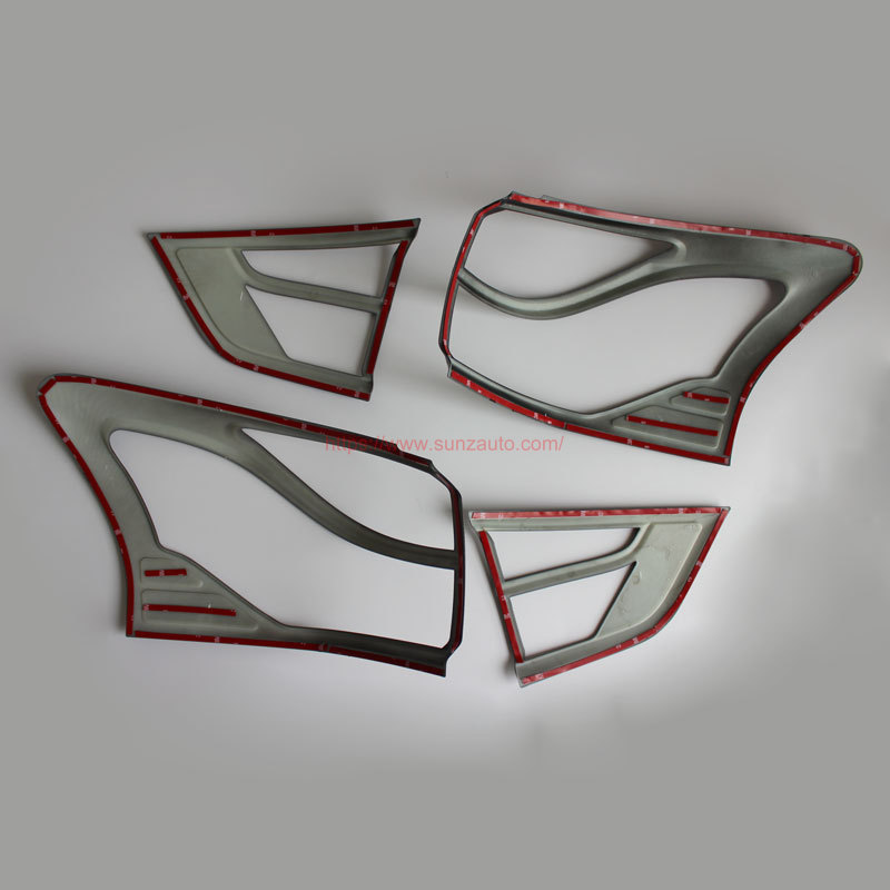 MUX 14 TAIL LIGHT COVER