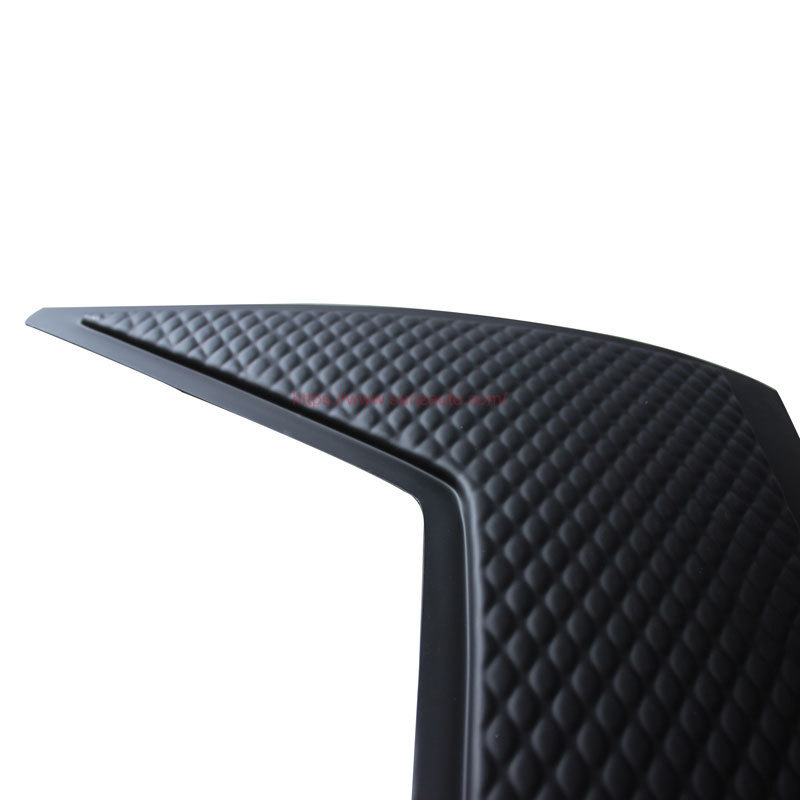 D-MAX 16 TAIL GATE NUDGE COVER