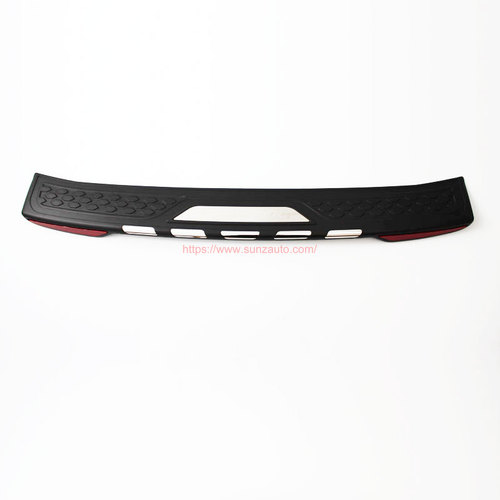 FORTUNER 12 REAR STEP COVER