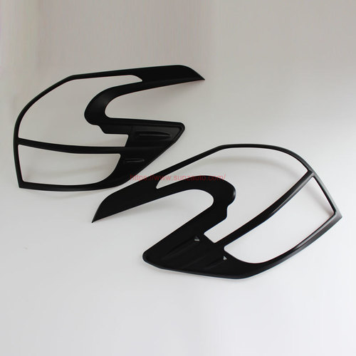 YARIS 14 TAIL LIGHT COVER