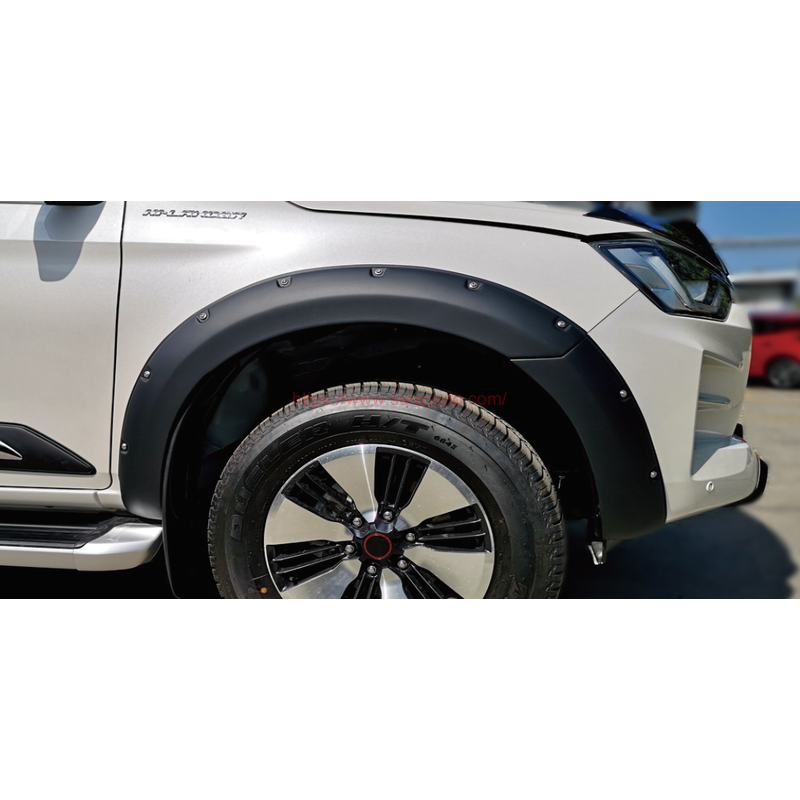 D-MAX 20 FENDER FLARE MODFIED DESIGN