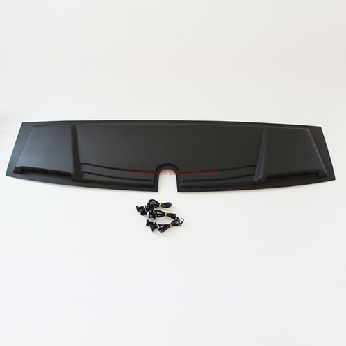 TRITON 15  FRONT ROOF COVER with led